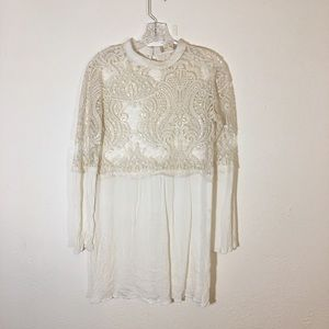 ALTAR'D STATE White Lace Peasant Tunic Top Size L